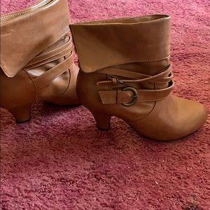 Brown heel boots